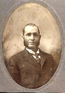 #142 DR. CHARLES STRAHAN GALESBURG KANSAS FATHER OF LELA STRAHAN & BERNICE HUGHES
