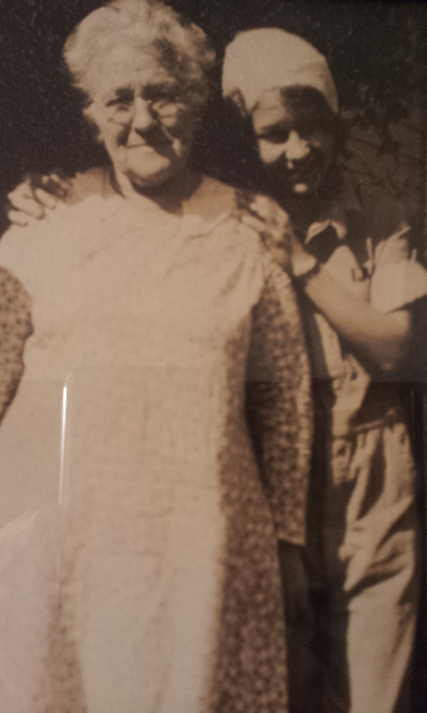 #30 GREAT GRANDMA LONG 1856-1950 AND GRAND DAUGHTER IRENE WILLISE LINDEN