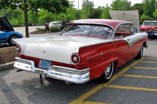 #49 1957 FORD FAIRLANE 500