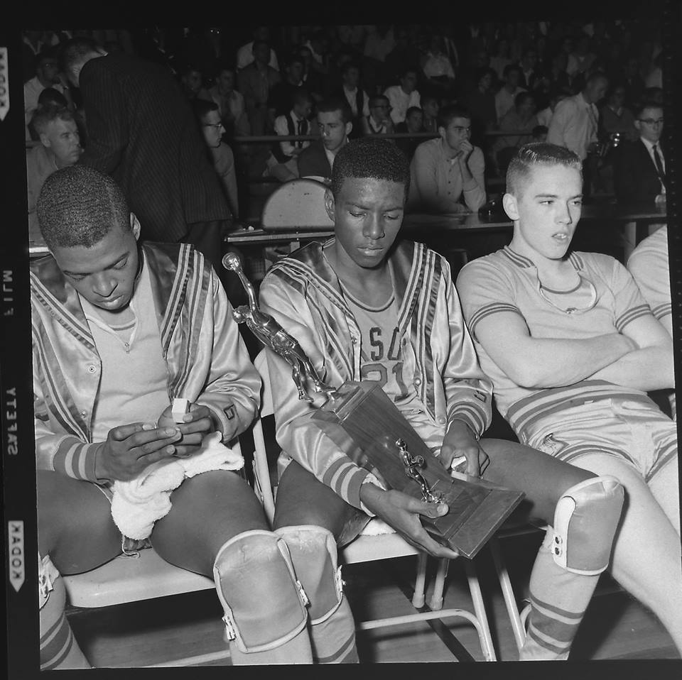 #13 P3 PARSONS VIKINGS L TO R MELVIN COLUMN, SAMMY ROBINSON, BIG 8 SOPHOMORE OF THE YEAR FOR K STATE & JACK CRANE 1961