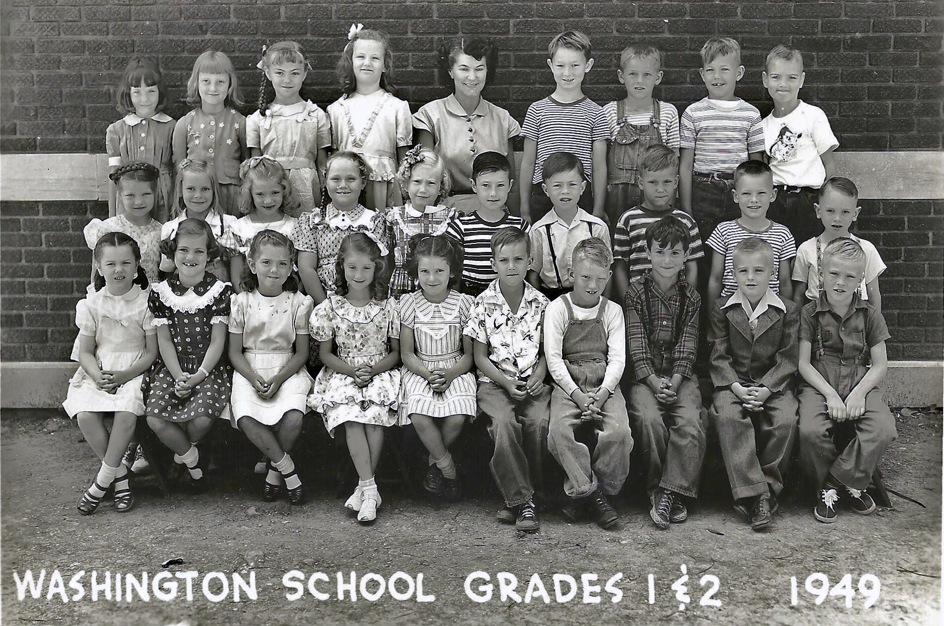 #105 P4 WASHINGTON GRADE 1&2 1949 PARSONS, KS