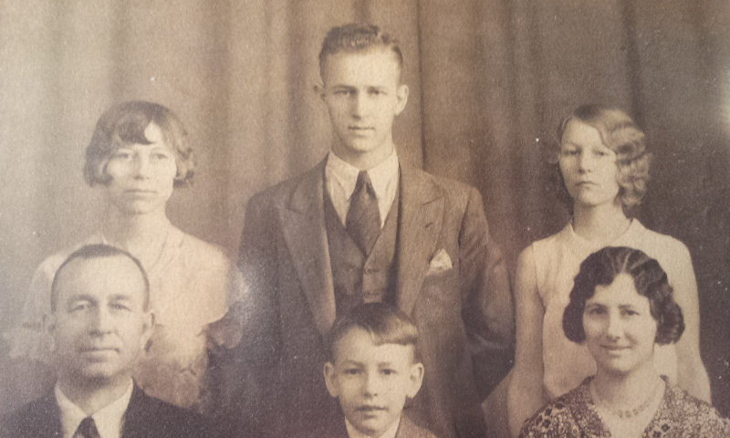 P.3 #78 Late 1920's Parsons Willsie Family