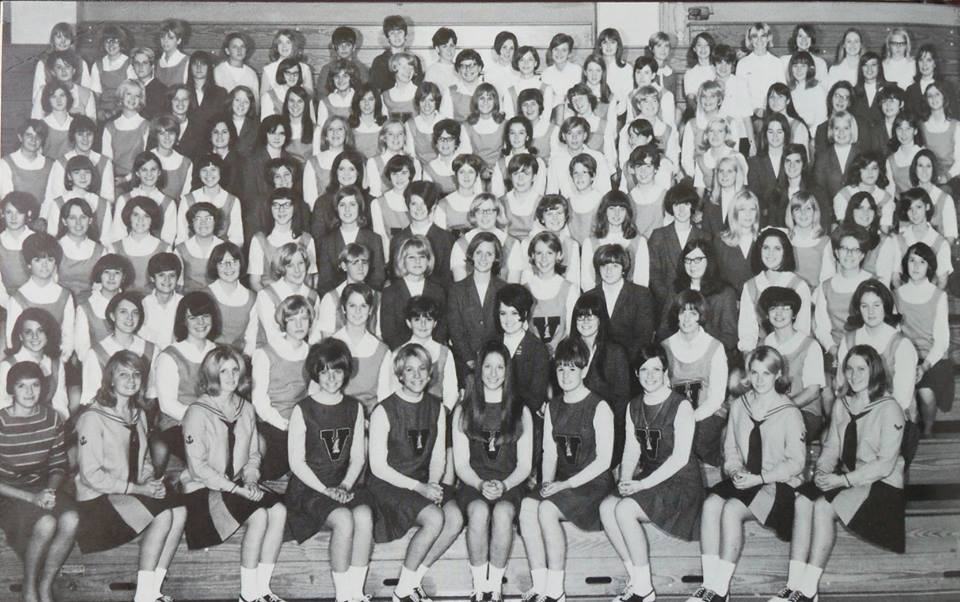 #34 PARSONS H. S. PEP CLUB 67/68 NAMES ON THE RIGHT