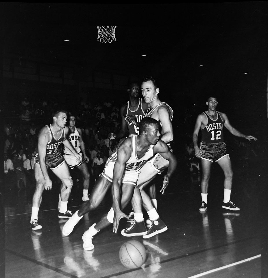 #59 OCT. 1962 BOSTON CELTICS VS ST. LOUIS HAWKS AT PARSONS, KS.